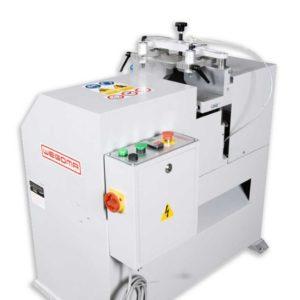 Bewährte Maschine zum Ablängen von Profilen mit V-Schnitt: Die WEGOMA Klinkschnittsäge KL148 für Kunststoff-, Aluminium- und Holzprofile !