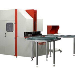 Schweißnaht an Profilen entfernen mit dem WEGOMA WPA-CNC2! CNC-gesteuerter Eckenputzautomat WPA